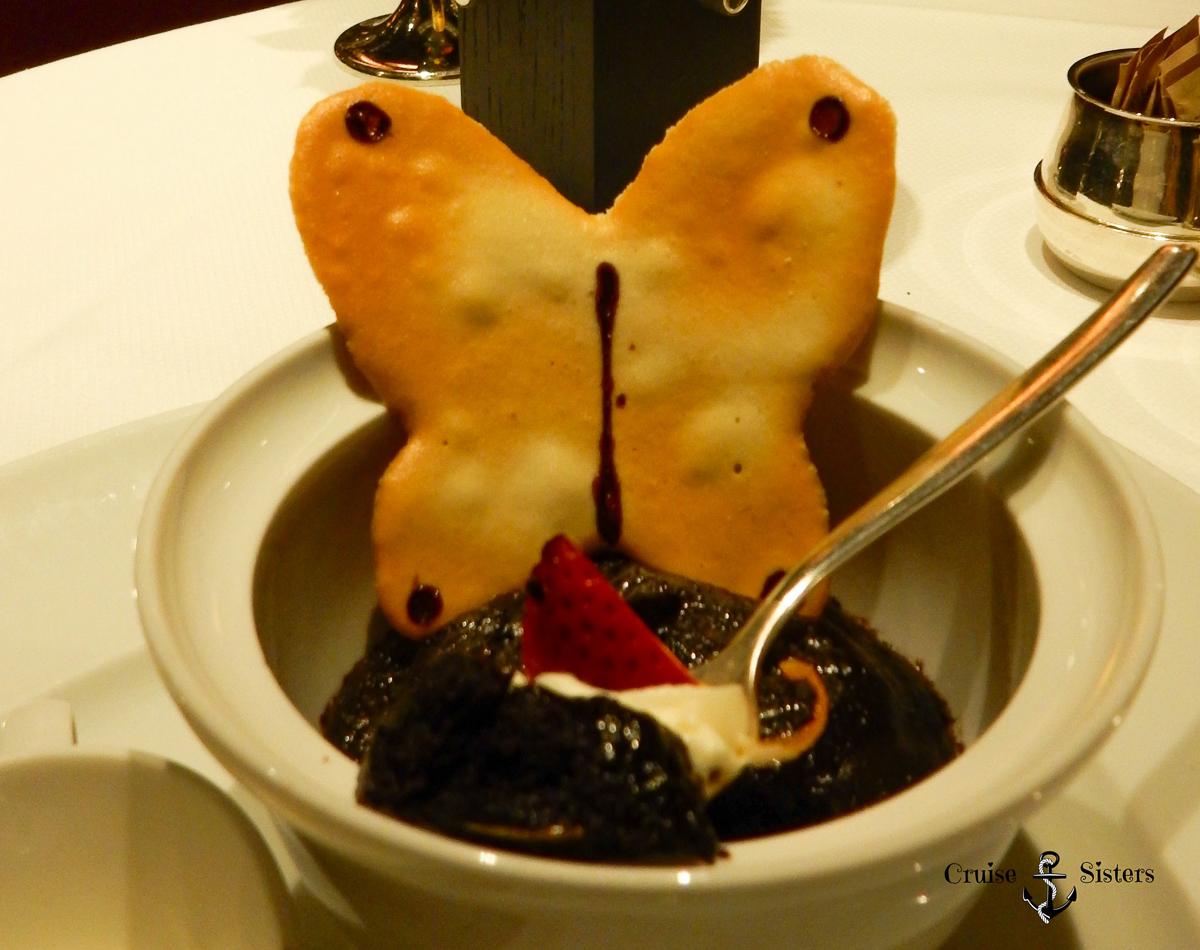 Nachtisch Chocolate Volacano im Pinnacle Grill