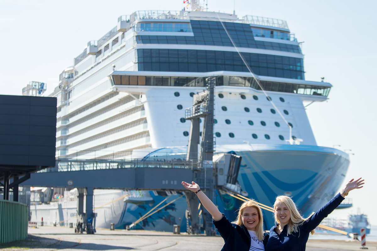Norwegian Bliss Cruise Sisters